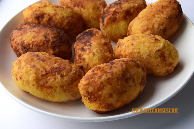 cheesy potato croquettes new png.png