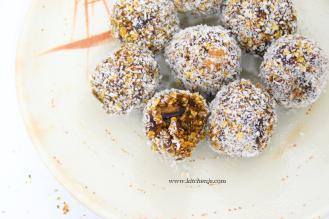 granola balls 4